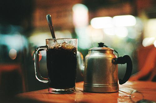 Quán cà phê vỉa hè được các cú đêm ưa thích ở cần thơ