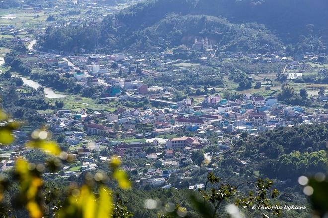 Dran thị trấn nhỏ bé ẩn chứa vẻ đẹp đến nao lòng