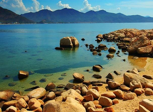 7 vùng biển đảo được thế giới tôn vinh ở việt nam