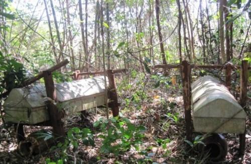 Nghĩa địa treo thâm u giữa núi rừng tây nguyên