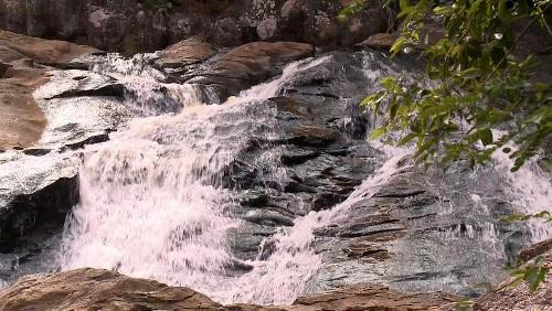 Hành trình chinh phục dòng thác bạc trên sườn tây yên tử - suối mỡ