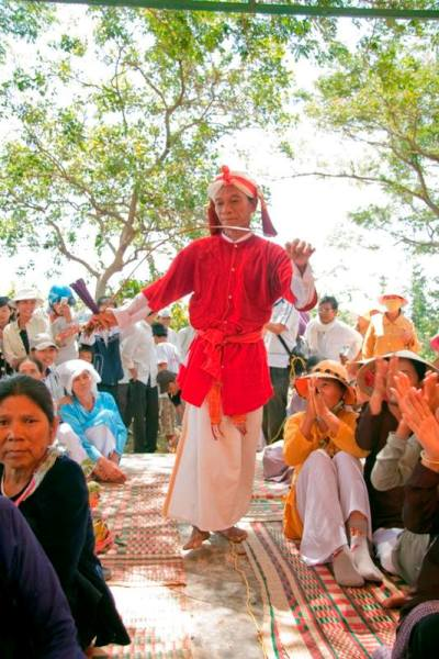 Lễ hội po nai trên núi chà bang