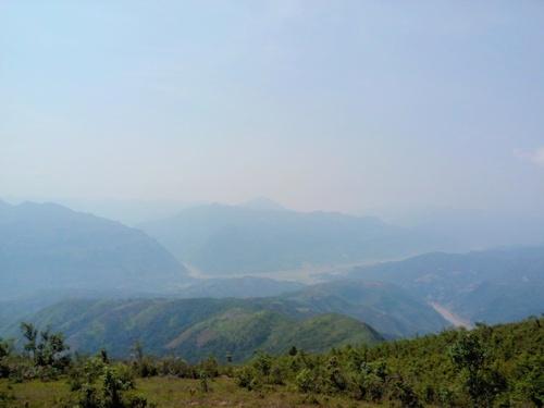 Leo núi đến bản mông đẹp nhất đông nam á