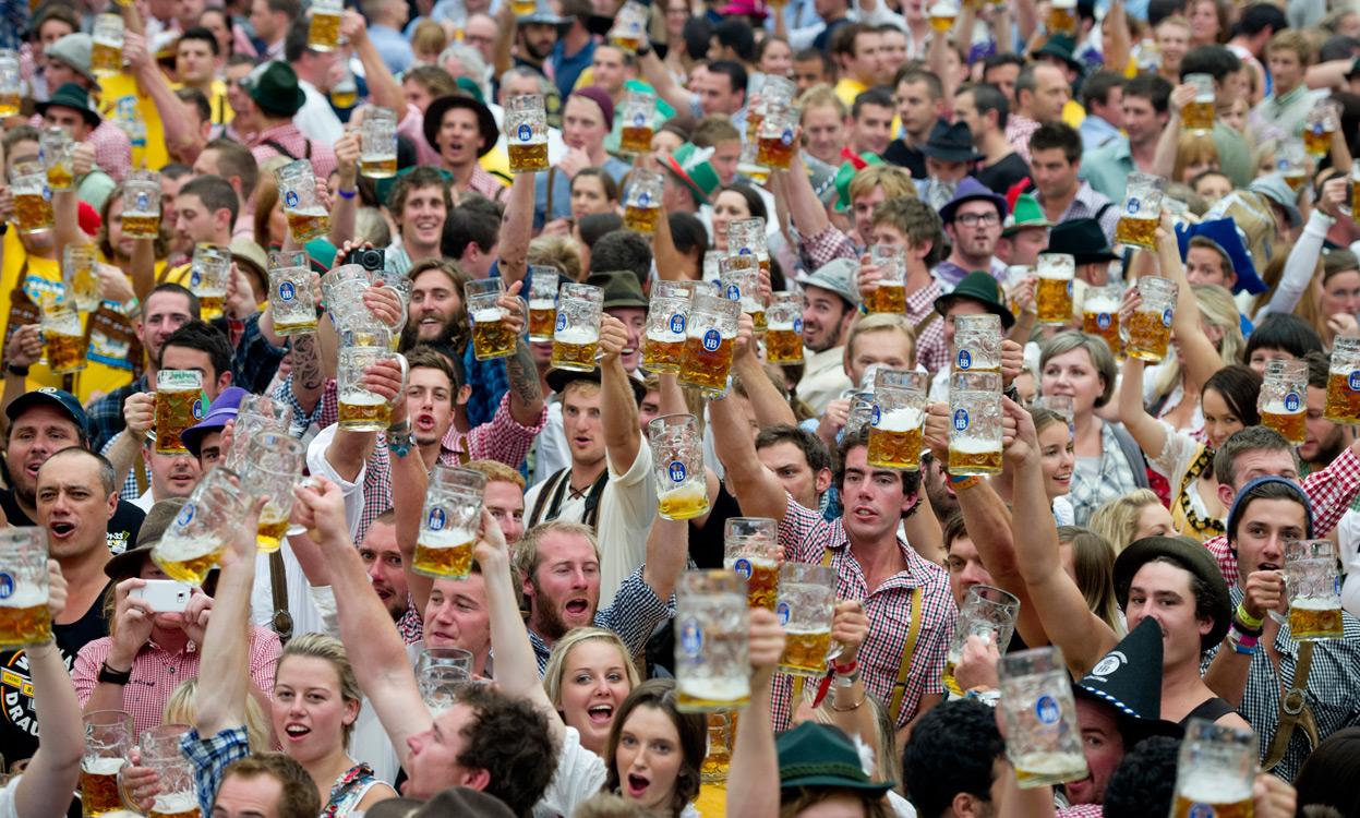 Những nét đặc sắc nhất trong lễ hội bia oktoberfest 2014
