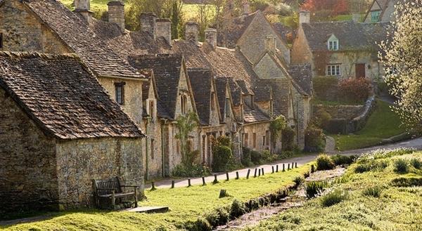 Bibury ngôi làng cổ xinh đẹp nhất nước anh