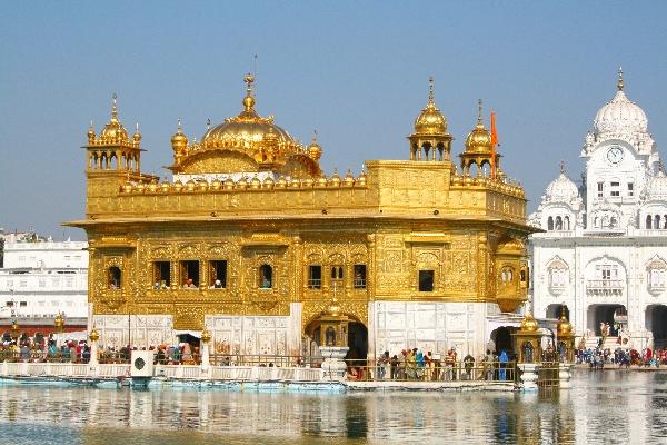 Ghé thăm ngôi đền vàng nổi tiếng nhất thế giới ở ấn độ