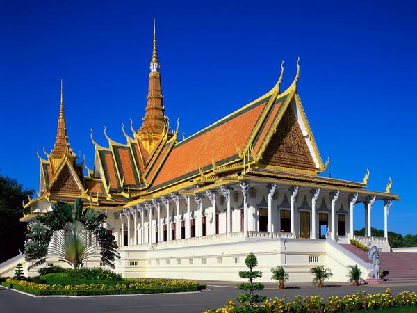 Hành trình khám phá đất nước chùa tháp bằng limo bus