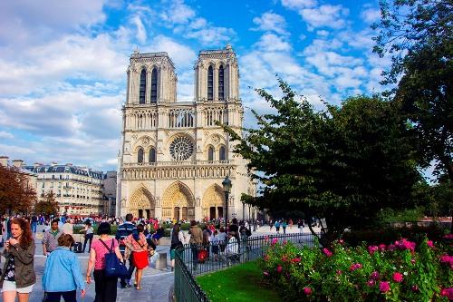 Paris người tình trăm năm quyến rũ