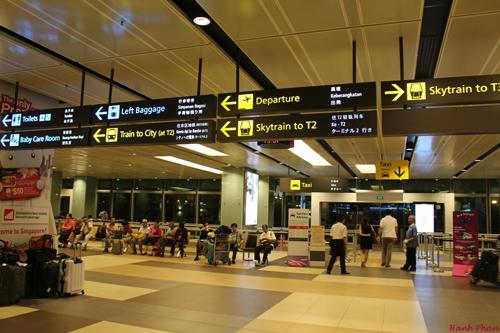Đi tàu điện ngầm cách tiết kiệm chi phí khi du lịch singapore
