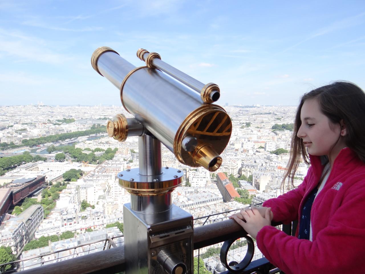 Tham quan tháp eiffel biểu tượng nước pháp