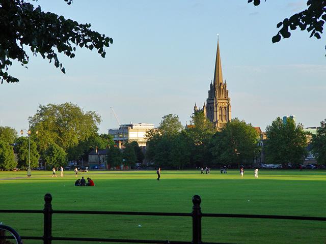 Dạo chơi ở thành phố lịch sử cambridge