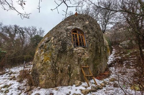 Eski kermen thị trấn hang động kỳ lạ ở bán đảo crimea