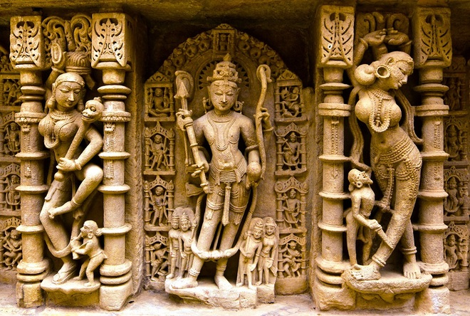 Kiến trúc ngược độc đáo của ngôi đền rani ki vav
