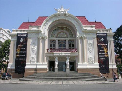 Các nhà hát kiến trúc pháp trăm tuổi ở việt nam