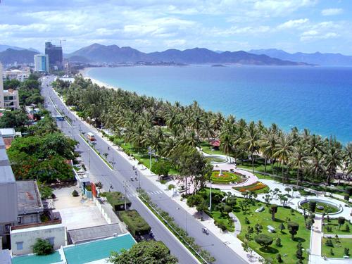 Lonely planet xếp hạng 8 bãi biển đẹp nhất việt nam