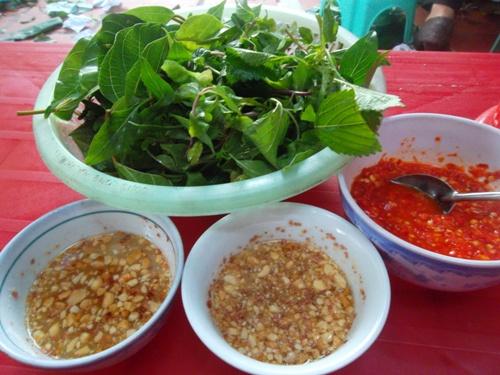 Về thanh hóa ăn nem bốc