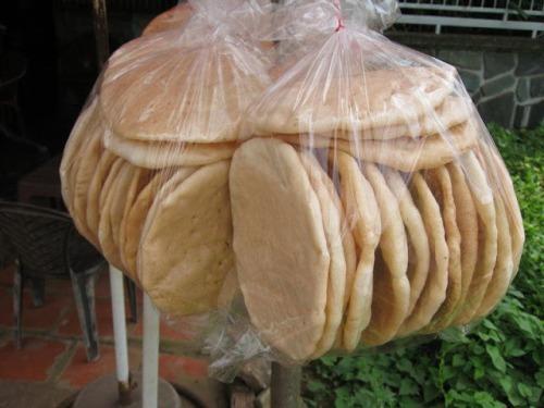 Những món bánh làm quà cho chuyến du lịch miền tây