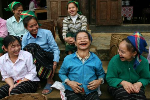 Răng đen thất sủng ở thế hệ thiếu nữ thái