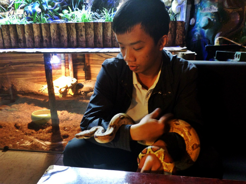 Uống cà phê giữa sở thú có một không hai ở hà nội