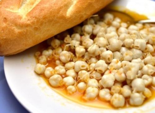 Bánh xèo nóng răng mực xào bơ ở hà nội