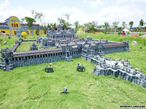 Công viên nước lego đầu tiên ở châu á