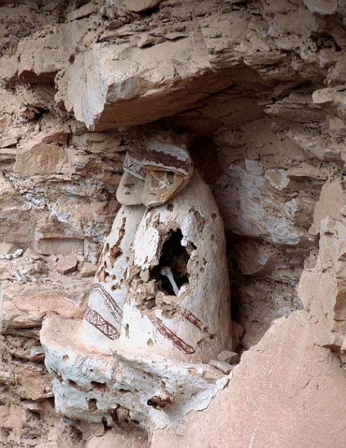 Tục sơn táng của người chachapoya ở peru