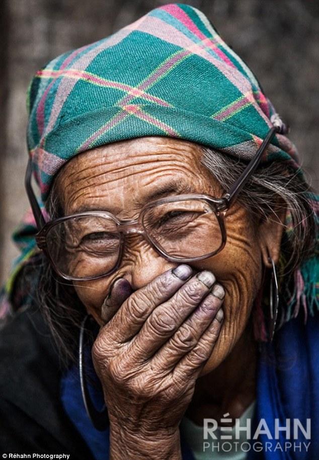 Bí ẩn nụ cười việt qua ống kính nhiếp ảnh gia pháp