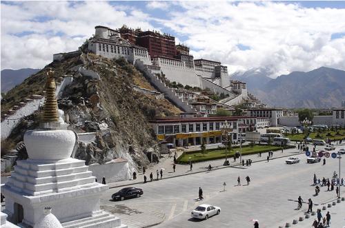 Cung điện potala - biểu tượng phật giáo của tây tạng