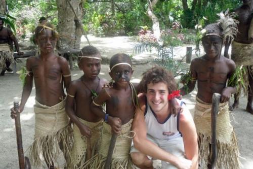 Người trẻ nhất đặt chân tới mọi quốc gia trên thế giới