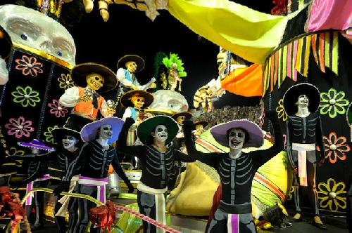 Những lễ hội kỳ quặc trong tháng 11