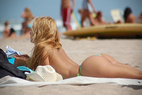 5 bãi tắm tiên nóng bỏng nhất sttropez pháp
