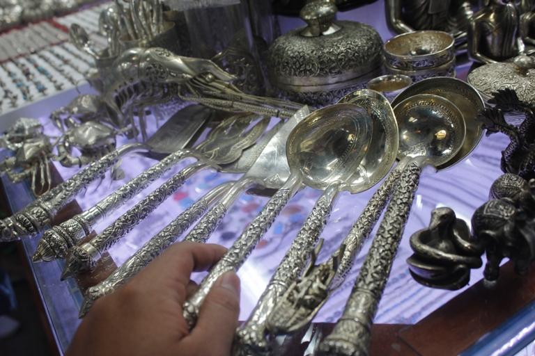 Du lịch campuchia khám phá văn hóa angkor qua chợ đêm siem reap