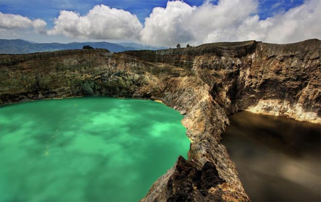 10 hồ nước đẹp lung linh trên thế giới