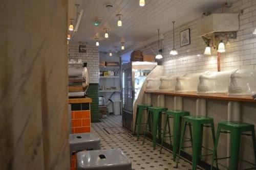 Những nhà hàng lấy ý tưởng từ nhà vệ sinh
