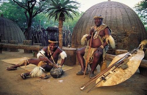 Bộ tộc kiểm tra trinh tiết bằng cây sậy và nước tiểu