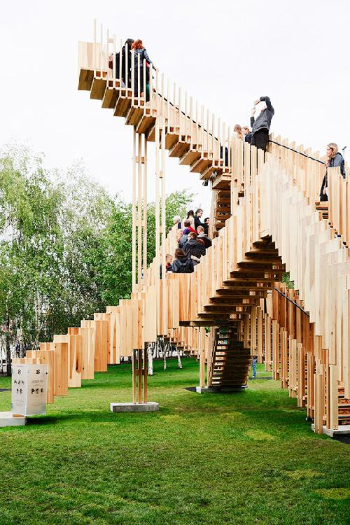 Cầu thiên đường - mê cung gỗ dẫn lên trời