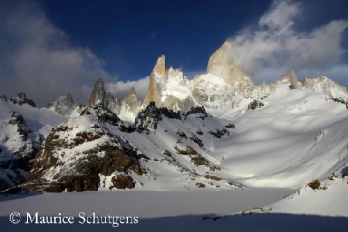 Ngọn núi hút thuốc ở argentina