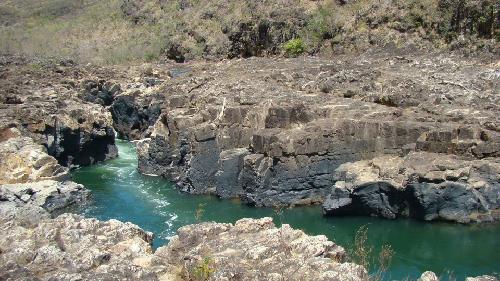 Hành trình du ngoạn thung lũng đá trăng