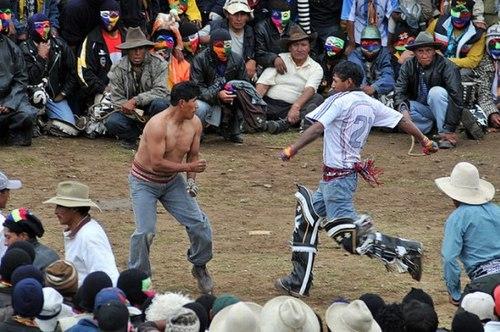 Lễ hội đánh nhau chào đón năm mới