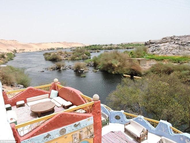 Ốc đảo đầy sắc màu giưa sa mạc ai cập