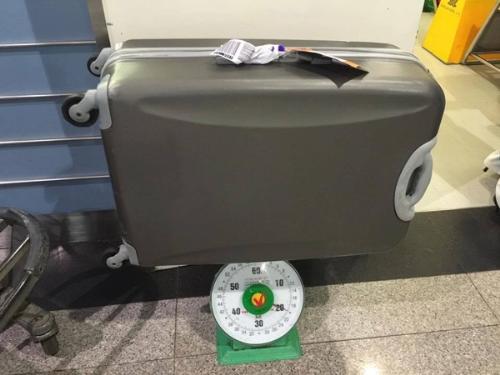 Một số lưu ý khi mang hành lý xách tay lên máy bay