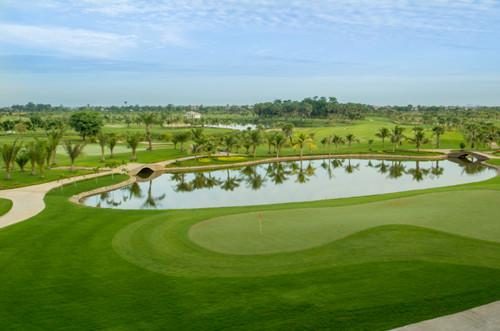 Nghỉ dưỡng kết hợp đánh golf tại nagaworld