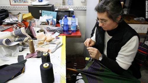 Những chiếc ô tinh xảo ở kinh đô thời trang milan
