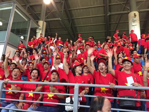 Khám phá singapore và cổ vũ đội tuyển bóng đá việt nam
