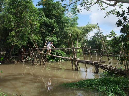 Những cây cầu gây thót tim trên thế giới