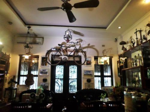 Những quán cà phê gợi nhớ thời bao cấp ở hà nội