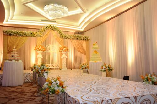 Tiệc cưới lãng mạn ở khách sạn 5 sao
