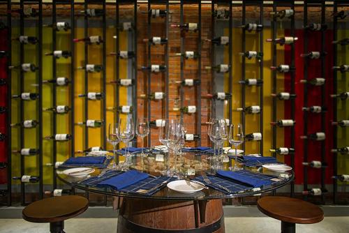 Hầm rượu vang đậm chất pháp tại việt nam