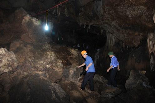 Quảng trị khảo sát hang brai đưa vào du lịch
