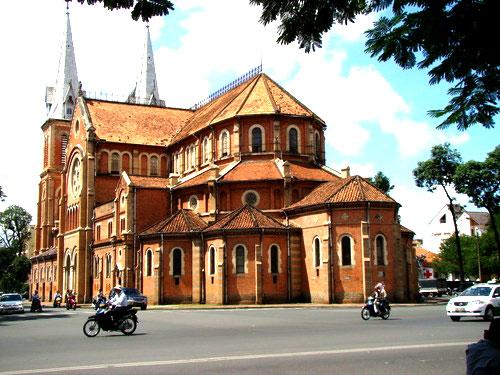 5 nhà thờ cho lễ giáng sinh tại sài gòn